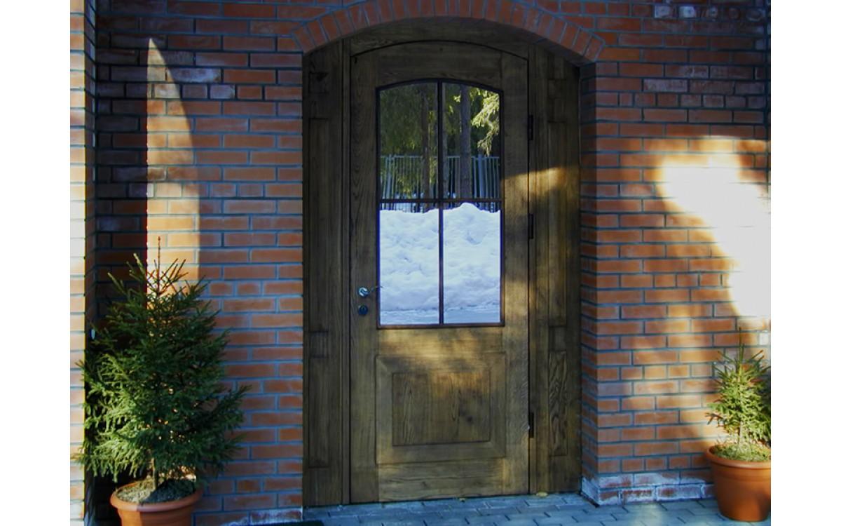 Как выбрать дверь для загородного дома?